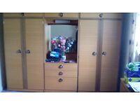 Set of 3 wardrobe units