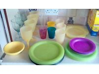 Tupperware Style Plate and Glass set