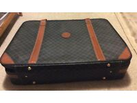 Retro! Suitcase with buckles