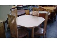 Dinning Table set 4 chairs 584571
