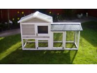Rabbit or chicken hutch. £20