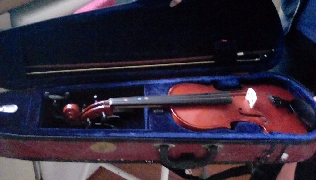 Violin Stentor Student 2 - 4\4 with 3 learning books