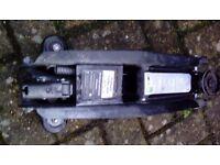 Hydraulic Trolley Jack 2 tonnes