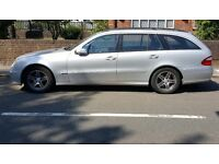 Mercedes Benz E CLASS E200K 2005 Silver Estate Avantgarde 7 Seater AMG Wheels - Drives like new!