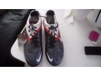 Size 9 Nike football boots ctr 360 NEW