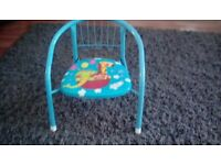 BRAND NEW CHILDS CHAIR NEVER USED, £5