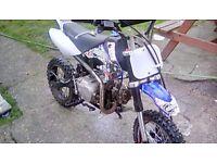 Stomp 140 cc. ( pit bike )