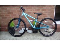 GIRLS APOLLO BICYCLE PERFECT CONDITION.