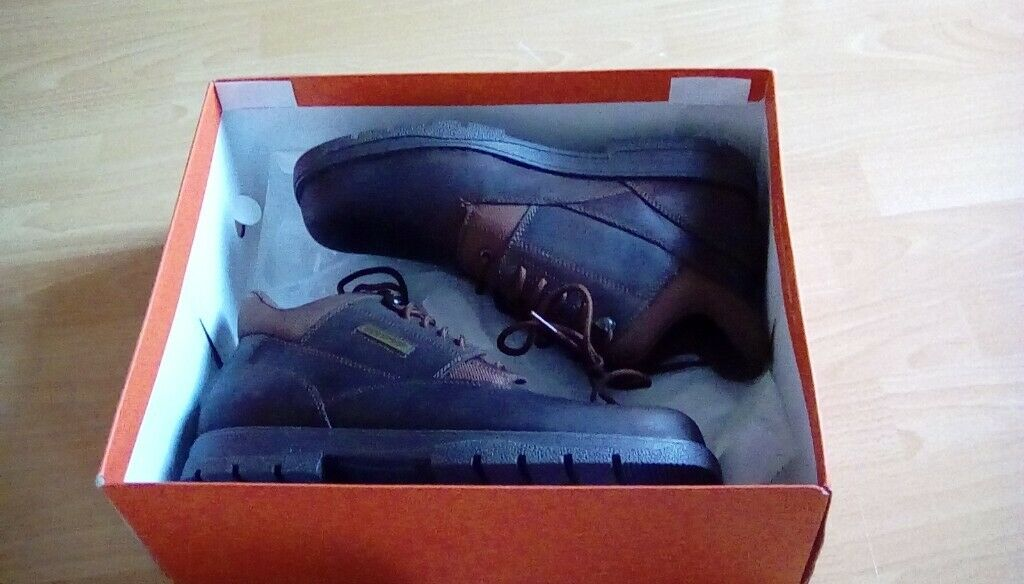 1e38537f142 Men's size 11 Rockport hiking boots - Never Worn | in Ballymena, County  Antrim | Gumtree