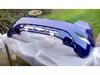 FORD FIESTA BRAND NEW GENUINE REAR BUMPER FOR A ZETEC S/ ST LINE 2014/17 IN DEEP IMPACT BLUE