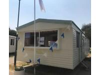 ***** 2 bed Static Holiday Home ** Essex Coast ** For Sale *****