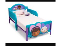 Doc mcstuffin junior bed