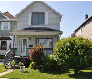 122 Amelia St W - Open House Saturday July 22, 1 to 2:30