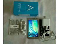 Samsung galaxy A5 ( 16gb + 8gb memory card)