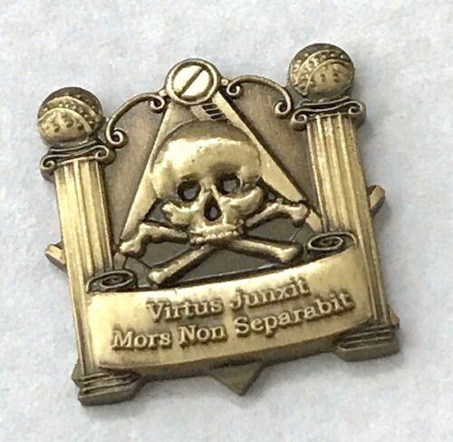 New OLD STOCK Masonic Skull Pillars Virtus Junxit Antique Bronze Emblem 5pc Lot