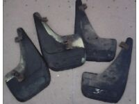 4 mudflaps from a Peugeot 307 estate - sell or swap for handbook