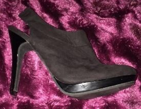 New black stiletto shoes / ankle boots size 4