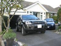 Hyundai Tucson 2005 suv. Great part time van, part time car. 4WD