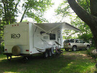 2011 Rockwood Roo 23SS Hybrid Travel Trailer with 12'Slide-out