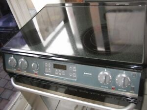 Frigidaire stainless steel slide in stove, convection oven,$350