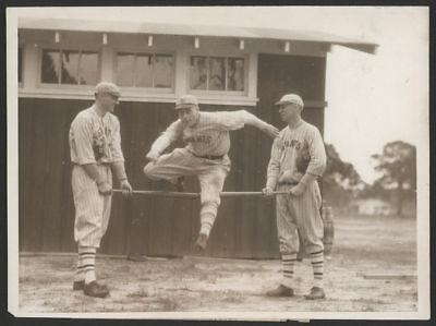 1924 Orig 1St Gen Press Photo   Bernie Wafers  Giants