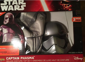 Star Wars Deluxe Phasma costume 3 pieces for a 5 to 7 year old