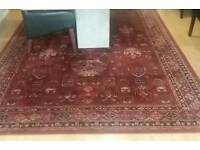 Large 100% wool rug excellent condition