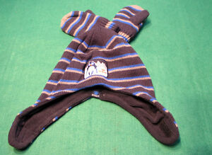 Baby hats with mittens only $2.00 ! Peterborough Peterborough Area image 3