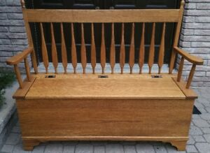 Solid Oak Hall Bench with Storage Compartment and Hinged Lid