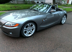 2003 BMWZ4 3.0i convertible, excellent condition, 56, 300 miles