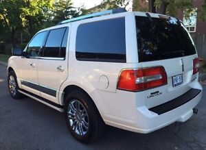 2007 Lincoln Navigator- fully loaded Mint condition