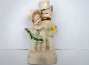 VINTAGE CHALKWARE BRIDE GROOM WEDDING CAKE TOPPER FIGURINE