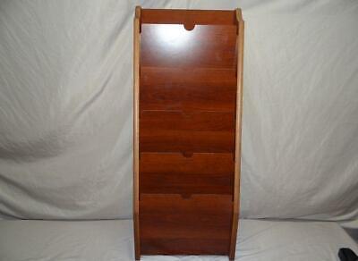 5 Pocket Wood Mahogany HIPPAA Compliant Wall File -