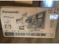 BOXED PANASONIC VIERA 32 INCH SMART LED TV | HIGH SPEC LIKE NEW!!