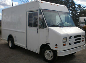99 FORD E 450 Step Van, 12 feet