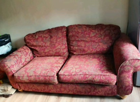FREE Sofa - not wanting anything for it!!