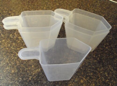 100 Pack Clear Plastic Scoops Cups Measuring Disposable 5 ounce Scoop 5 oz