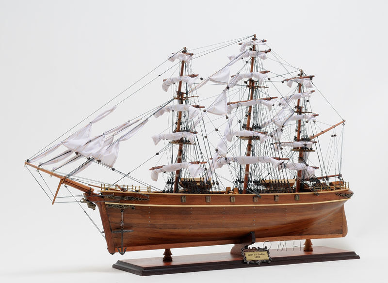 "Cutty Sark British Clipper Handmade Wooden Tall Ship Model 34"" T016"