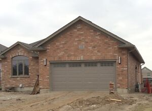Brand NEW 2 bedroom apartment in Strathroy