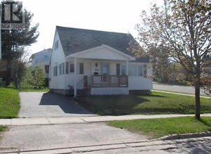 Turnkey Single Family Home in Elliot Lake. Priced To Go!