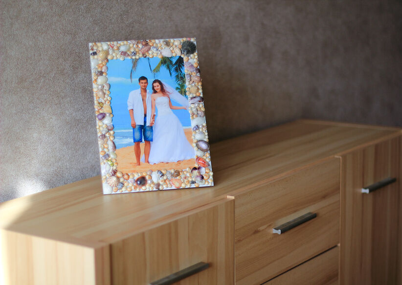 How to Display Wedding Photos at Home