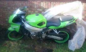 Kawasaki 1998 zx9r Ninja ,54000km,no key,no v5 parts only,