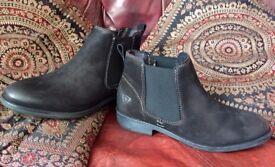Brand New Tamaris Nubuck Chelsea Boots