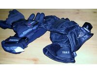 Ladies Black Summer + Winter Motorcycle Gloves