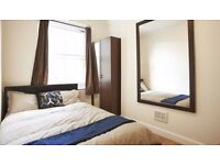 Double Bed in Rooms to rent for postgraduates and professionals in flat in Tower Hamlets area
