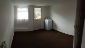 **Stunning Studio in Redbridge with separate kitchen, All Bills Included***