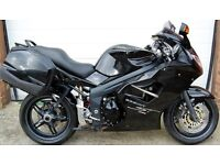 2007 TRIUMPH SPRINT ST 1050 BLACK WITH PANNIERS
