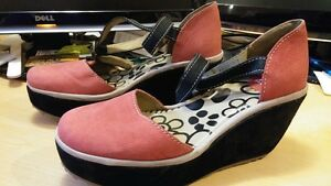 Fly London shoes size 37 (size 7-7.5)