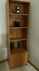 Display shelves / selling to move abroad