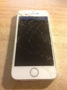 cracked iphone 5s for parts only